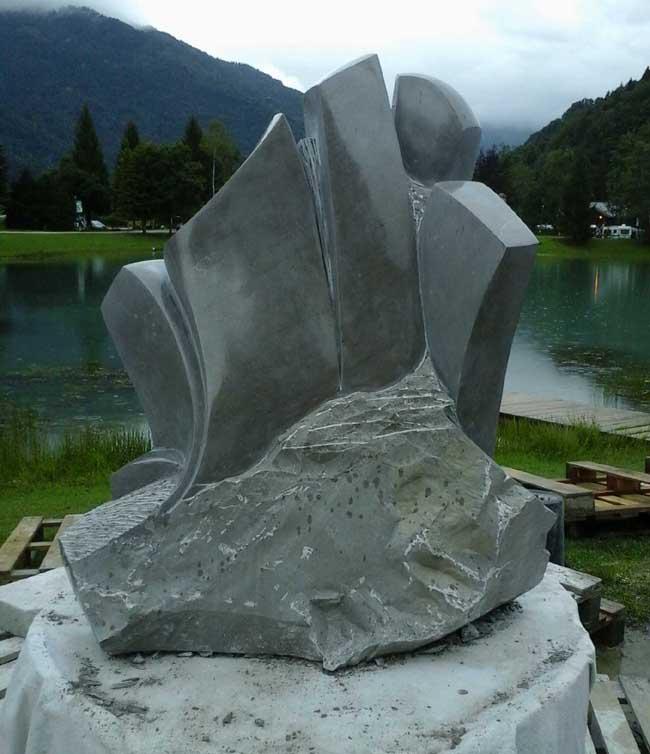 Le sculpteur dans la cité